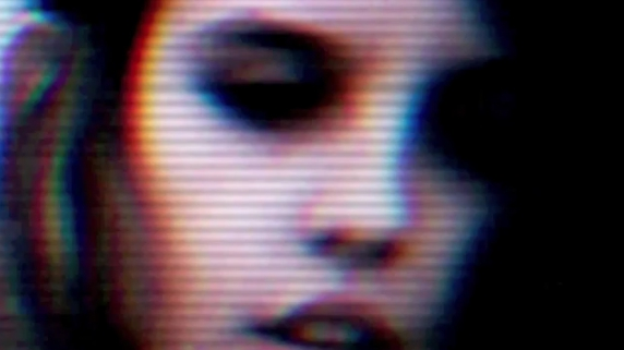 Crystal-Castles-Robert-Smith